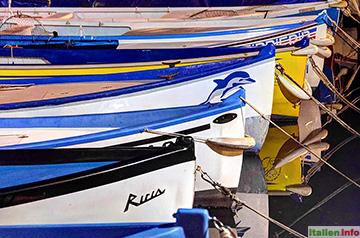 Bardolino: Boote nachts im Hafen
