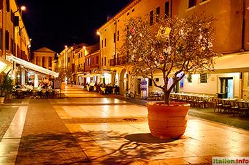 Bardolino: Piazza Giacomo Matteotti