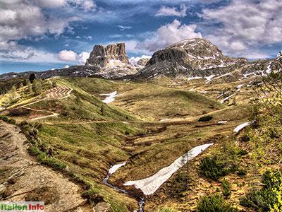 Cortina d´Ampezzo: Falzaregopass - Passo di Falzarego