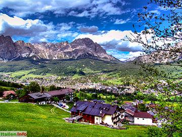 Cortina d´Ampezzo: Blick auf Cortina