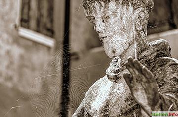 Peschiera del Garda: Santuario della Madonna del Frassino