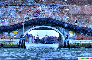 Venedig: Arsenale - Nordeinfahrt