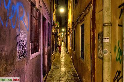 Venedig: Calle del Ducca