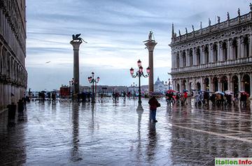 Venedig: Piazzetta - Regenstimmung