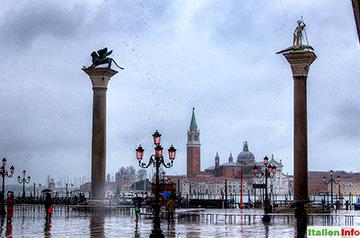 Venedig: Piazzetta - Monolithsäulen